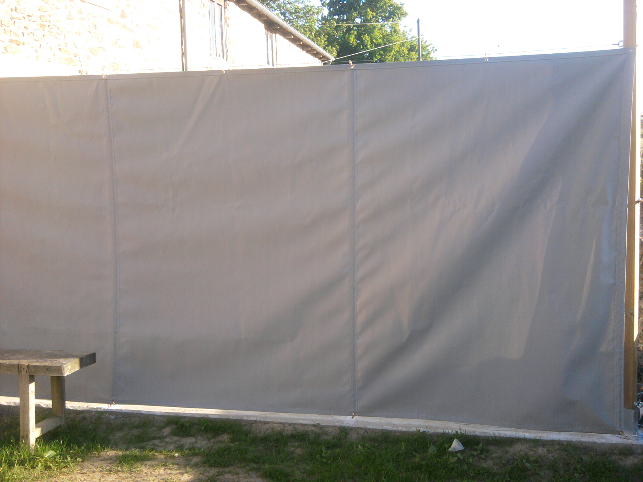 panneau coup vent pour terrasse voilerie nozo. Black Bedroom Furniture Sets. Home Design Ideas